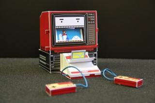 Механическая бумажная игрушка для самостоятельной сборки Fammy